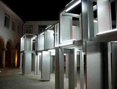 Instalacja świetlna, Pedro Cabrita Reis, 2005 r.